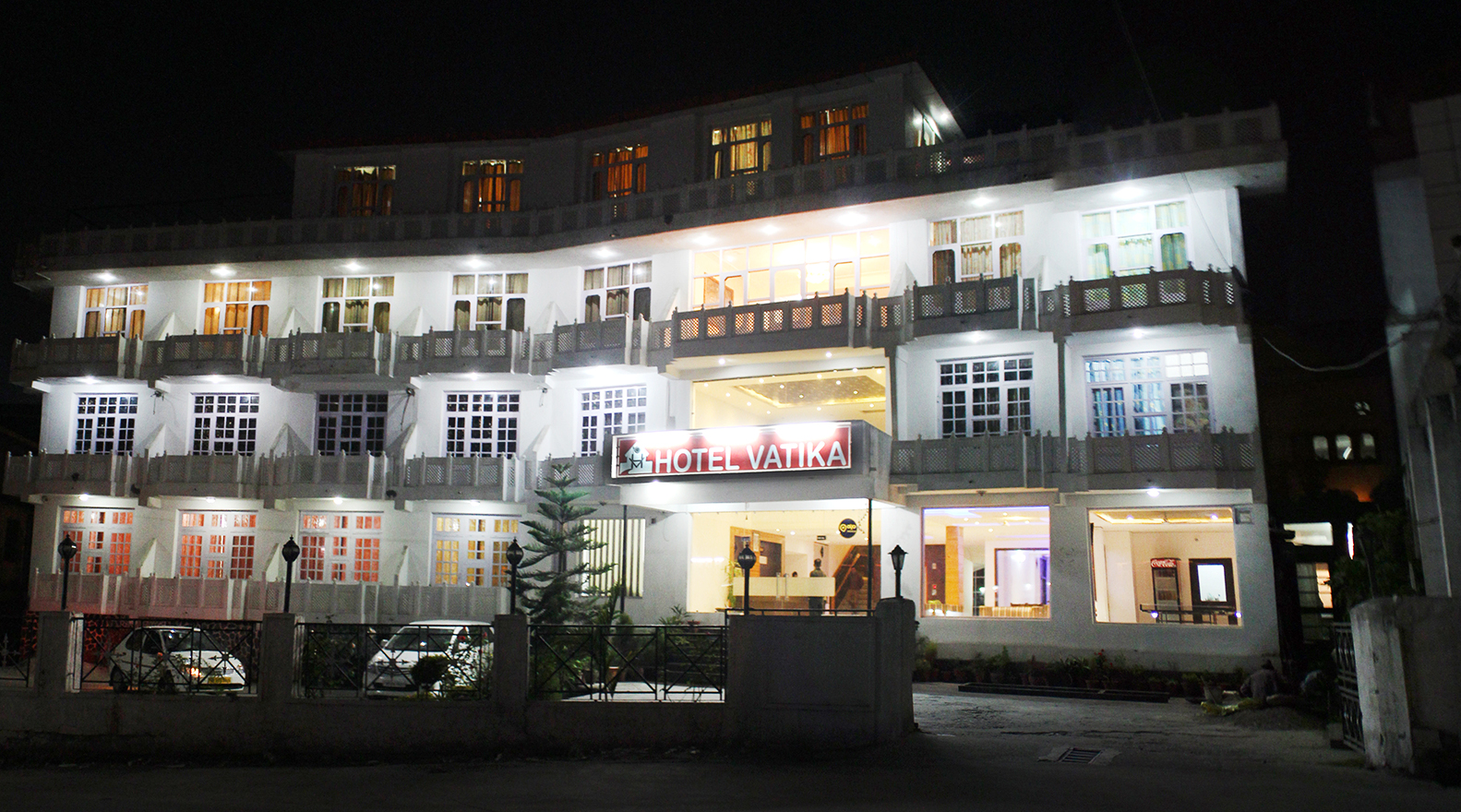 hotels in dharamshala near bus stand
